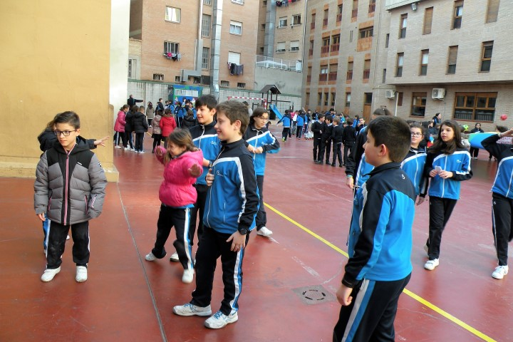 2018-02-26-Tarde de fiesta-Gymkana Primaria (25)
