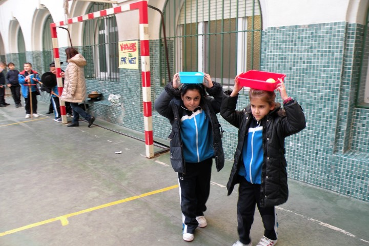 2018-02-26-Tarde de fiesta-Gymkana Primaria (30)